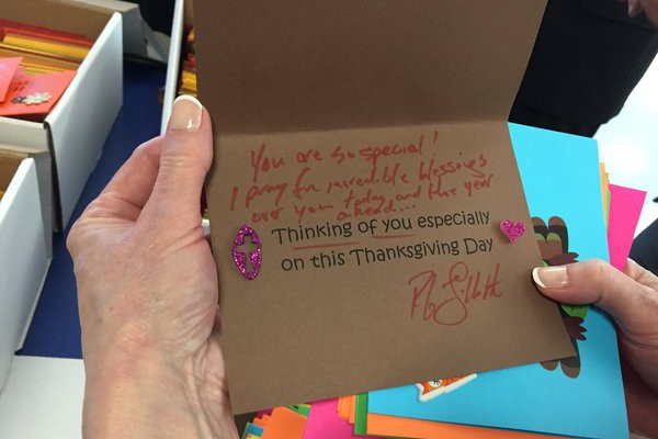 Image for 1,200 'Thinking of You' Cards for Patients