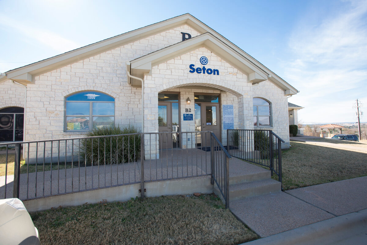 Kinnison Chiropractic Ctr In Marble Falls Tx 78654
